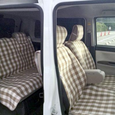 <新クロスヤード ブラウン前・後部座席シートエプロン><新クロスヤード ブラウンハンドルカバー>のレビュー写真です